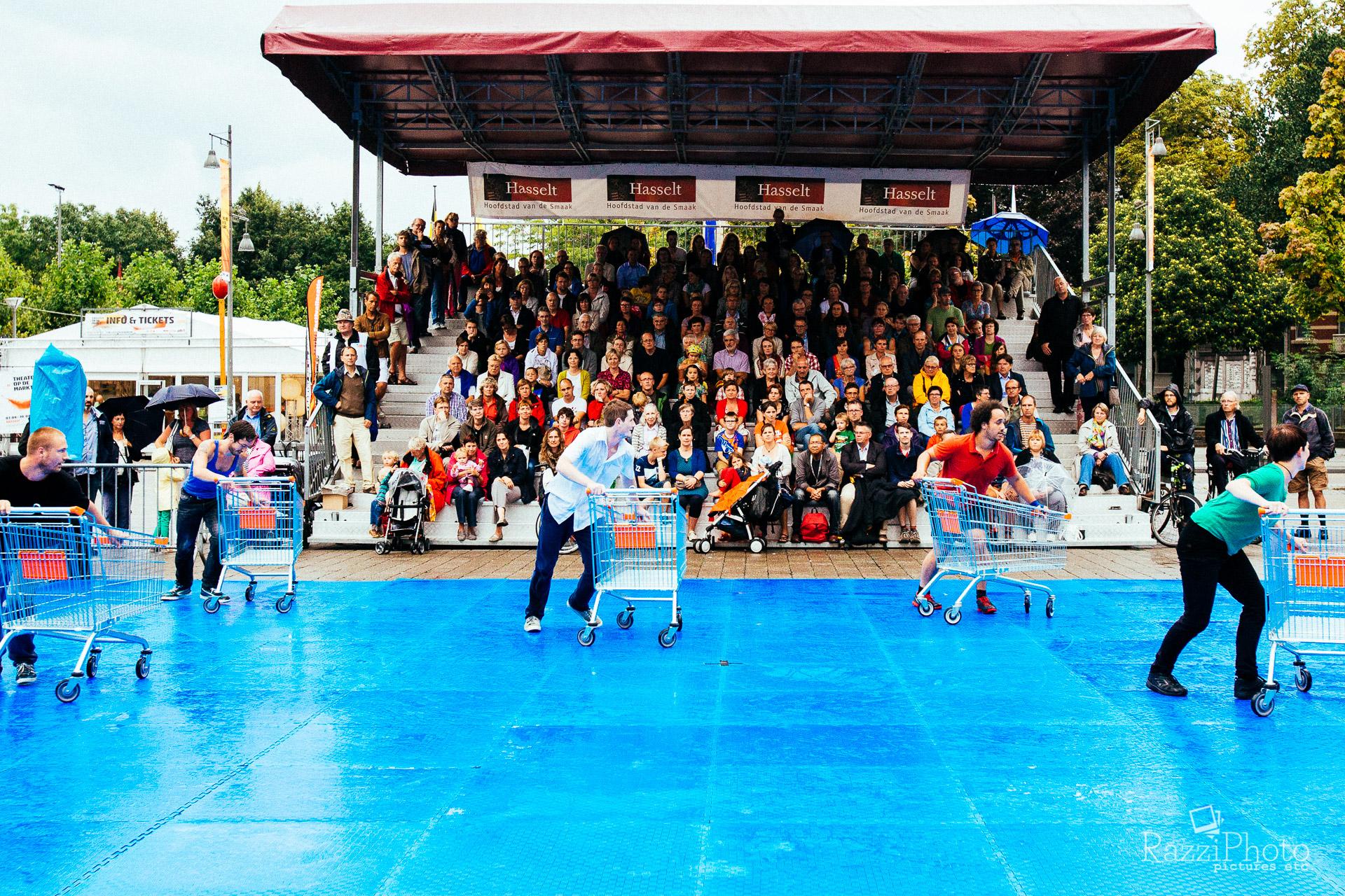 Theater op de Markt 2014: C12 - Trolleys