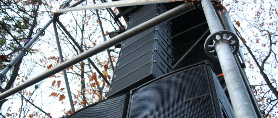 Martin Audio W8LM line array